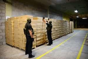 Papierosy z przemytu płynęły do całej Europy. Straty w budżecie na ponad 90 mln zł!