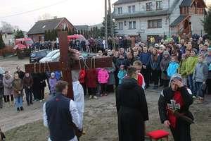 Plenerowa Droga Krzyżowa ulicami Kazanic