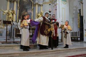 Liturgia Męki Pańskiej. Wielki Piątek