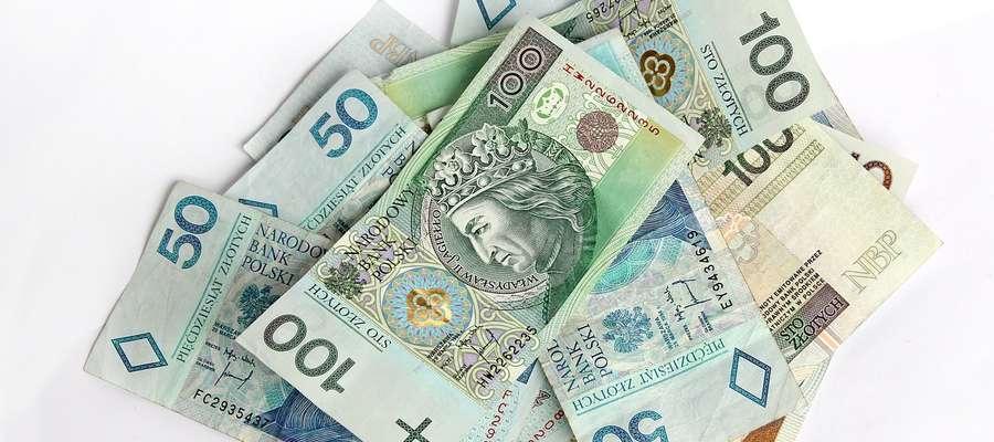 Całkowita kwota przeznaczona na płatności bezpośrednie za 2016 r. wyniesie ponad 14,8 mld złotych i będzie wyższa od kwoty ubiegłorocznej o blisko 316 mln złotych