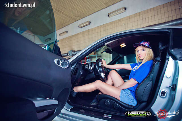 Photos: Fototerapia Natalia Jaśkowska Make-Up: Creative Photography & Makeup Clothes: RootStore / rootstore.pl Cars: NIGHT POWER — w: Racing Logistics Performance. - full image