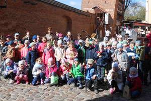 Wycieczka do Torunia i powiatowy konkurs w szkole w Tereszewie