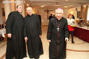 W bazylice św. Jakuba uczcili Chrzest Polski i imieniny arcybiskupa Ziemby