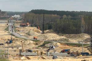 Praca na budowie S51 wre. Z Olsztyna do Olsztynka 120km/h już w 2018 [FILM]