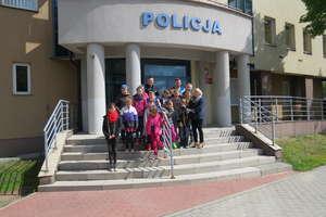 Uczniowie SP2 zwiedziliKomendę Policji