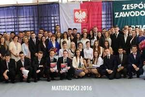Pożegnanie uczniów klas maturalnych w Zespole Szkół Zawodowych nr 1 w Działdowie [zdjęcia]