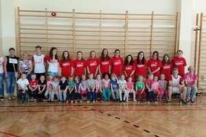 Przedszkolaki uczestniczyły w zajęciach sportowych