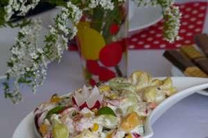 Wiosenna sałatka smakołykiem pań z KGW z Szafarni