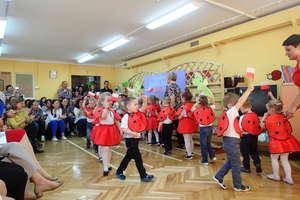 Spotkanie z Działdowską Kuźnią Słowa w Przedszkolu Miejskim nr 4 [zdjęcia]