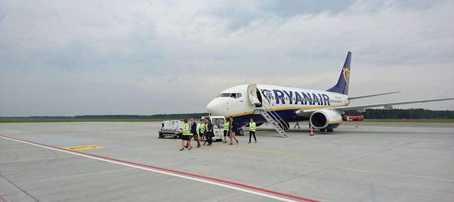 Tuż po godz. 11 na płycie lotniska Olsztyn-Mazury, wylądował samolot firmy Ryanair.