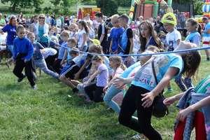 Festyn sportowo- rekreacyjny w Napiwodzie