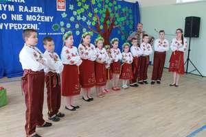 Jubileusz 70- lecia Szkoły Podstawowej w Pieniężnie.  Było ujmująco, wzruszająco i poetycko