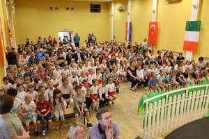 Uczniowie z europejskich szkół zawitali do Iłowa [film, zdjęcia]