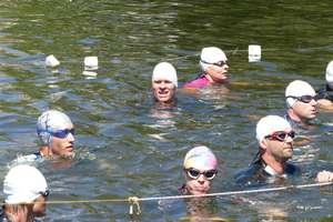 Zawodnicy pływali, biegali i dobrze się bawili