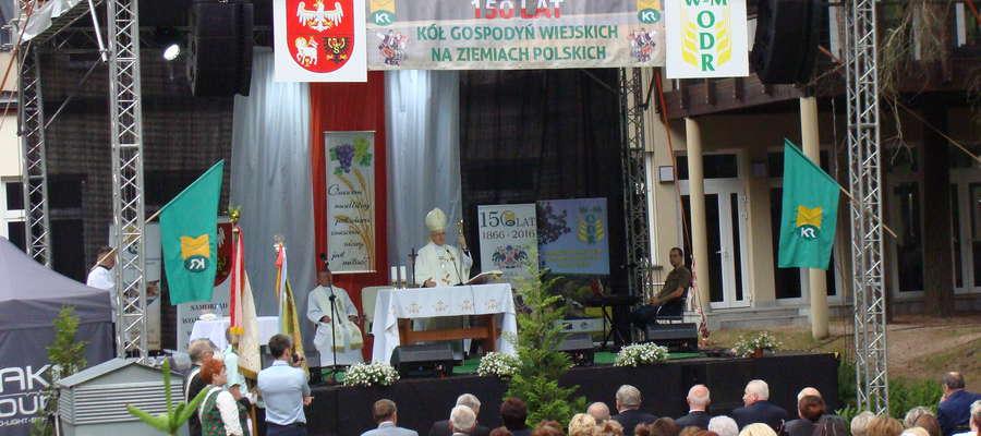 Częścią obchodów 150-lecia kół gospodyń wiejskich była uroczysta msza