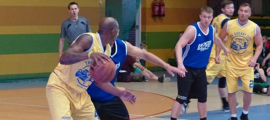 Organizatorzy zawsze podkreślają, że w BB&FKM najważniejsza jest koszykówka