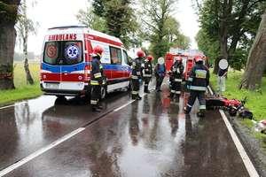 Wypadek w pobliżu Młoteczna. Nieprzytomny rowerzysta trafił do szpitala