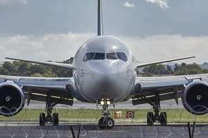 Koronawirus w Polsce. Premier chce zawieszenia lotów krajowych
