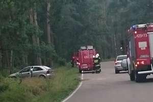 Kierowca i pasażer trafili do szpitala