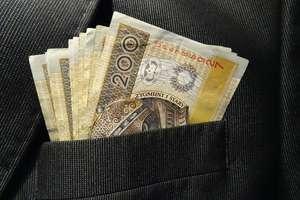 Zarobiony jak poseł, czyli najwyższa kwota wolna od podatku na Wiejskiej [SONDA]