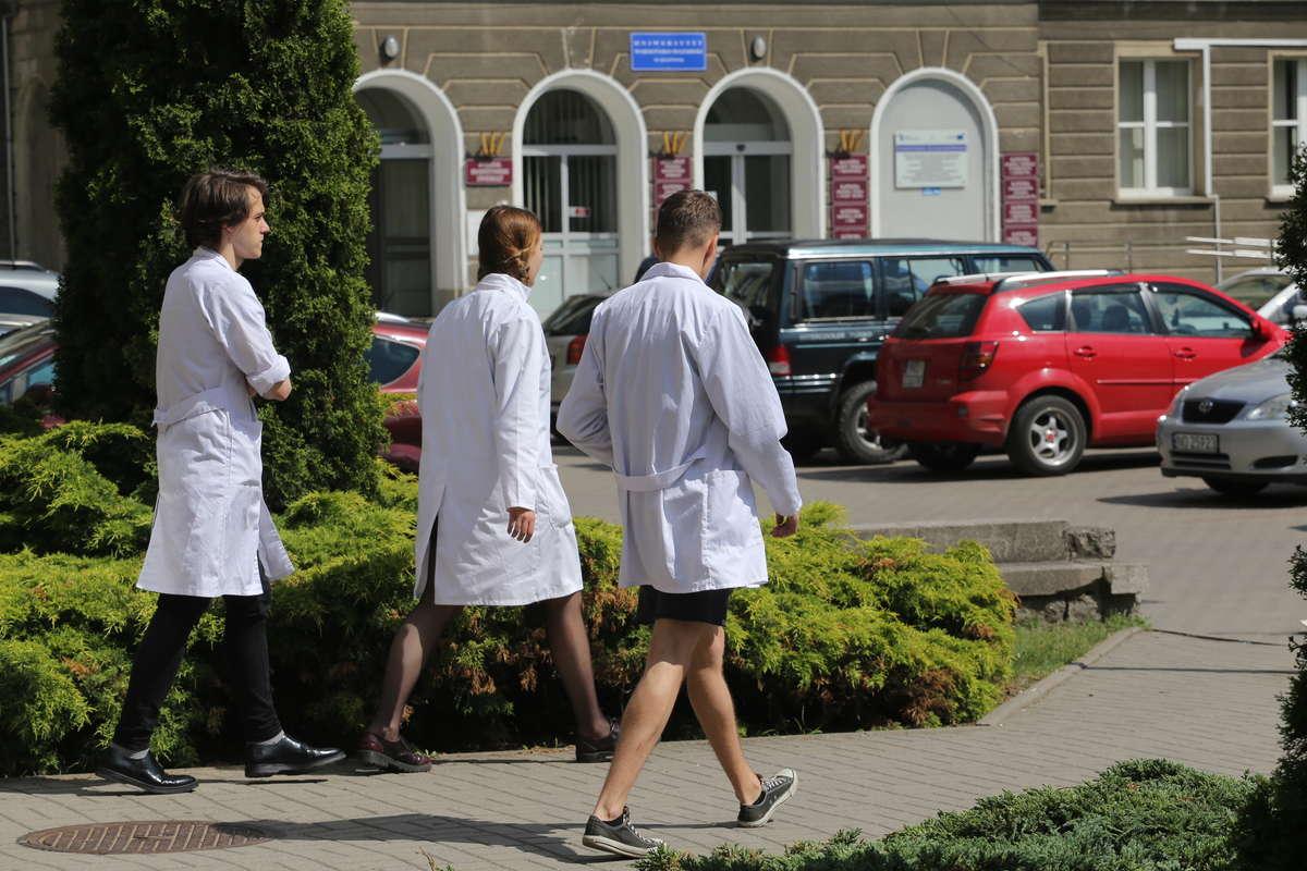 Japończycy obrali kurs na UWM w Olsztynie. Są zachwyceni kampusem - full image