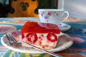 Ciasto jogurtowe z malinami