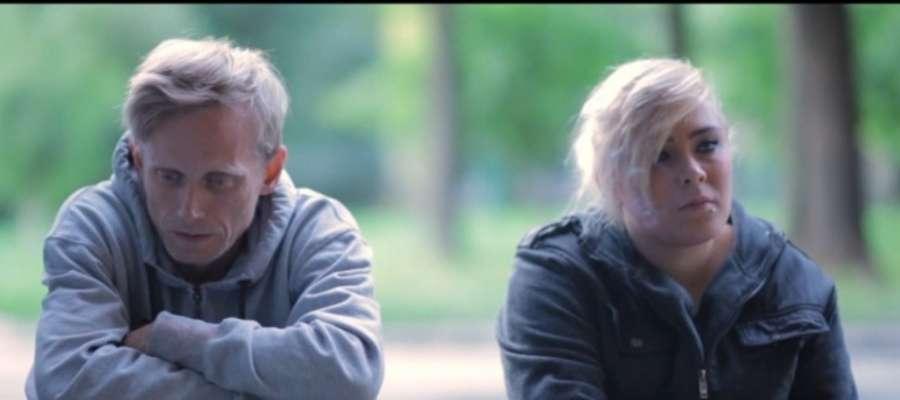 "Kadr z filmu ""Fale"""