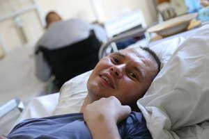 Pierwszy w Olsztynie wybudził się ze śpiączki. Opowiada o życiu po wypadku