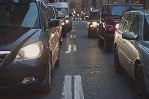 Policjanci będą czujnie przyglądać się oświetleniom aut jeżdżących po regionie