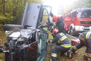 Podsumowanie tygodnia strażackiego: zderzenie 3 samochodów osobowych