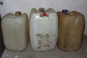 Zamierzał ukraść 20 litrów oleju napędowego. Szef powiadomił policję