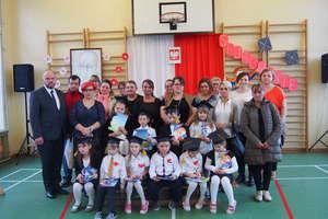 Ślubowanie uczniów klasy I w Wojciechach