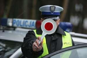 Dwaj pijani kierowcy zatrzymani dzięki obywatelskim zgłoszeniom