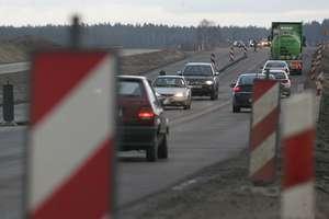 Uwaga kierowcy- utrudnienia! Obwodnica Olecka wyłączona z ruchu.