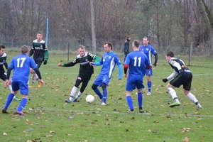 Piłkarze Tęczy na własnym boisku przegrali z GKS Stawiguda