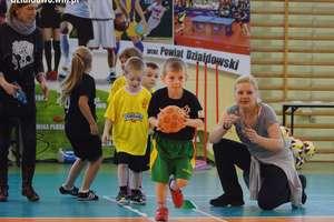 Pokibicuj małym sportowcom