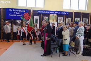 Jubileusz 10-lecia nadania imienia ks. Jana Twardowskiego Szkole Podstawowej w Rumianie
