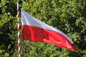 Zaproszenia na patriotyczne uroczystości do Kazanic i Sampławy