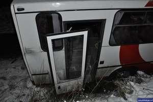 Autobus w poślizgu i potrącenie 8-letniego chłopca. Seria wypadków na drogach regionu