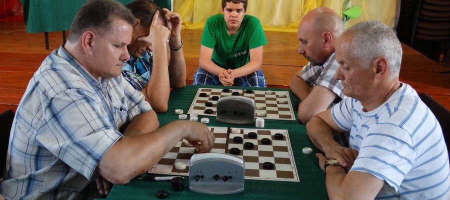 Miłośnicy gry w szachy spotkają się niebawem w szkole w Brzoziu Lubawskim
