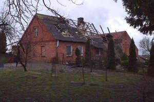Dach i stodoła zniszczone przez wichurę