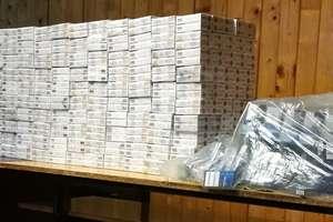 Kryminalni zabezpieczyli ponad 22000 paczek papierosów bez akcyzy