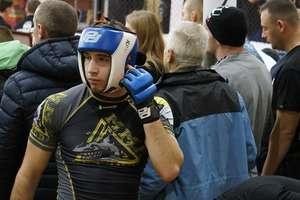 Dominik Jusis z MMA Team Ostróda amatorskim mistrzem Polski