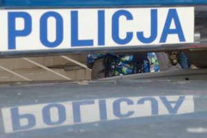 Wyjazd służbowy policjanci zakończyli w rowie