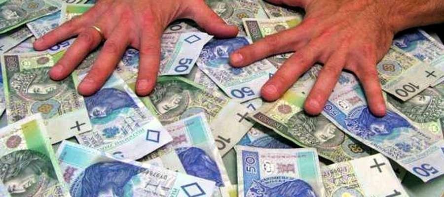 Policjantom udało się odzyskać większą część skradzionych pieniędzy