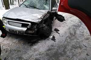 Audi zderzyło się ze scanią pod Jonkowem
