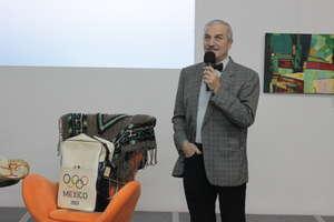 W czytelni biblioteki spotkali się z olimpijczykiem Antonim Pacyńskim