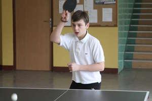Zawodnicy z Dzietrzychowa zdominowali mistrzostwa Bartoszyc w tenisie stołowym chłopców