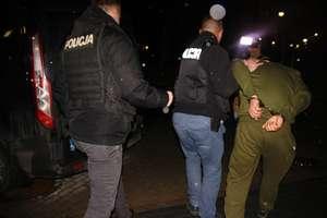 Drugi dzień niepokojów w Ełku. Znamy wyniki sekcji zwłok 21-latka