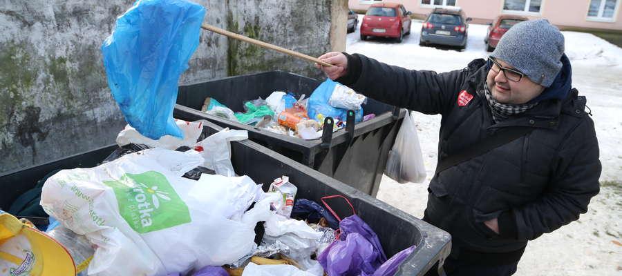 Nasz reporter sprawdził, jak i czy segregujemy śmieci.
